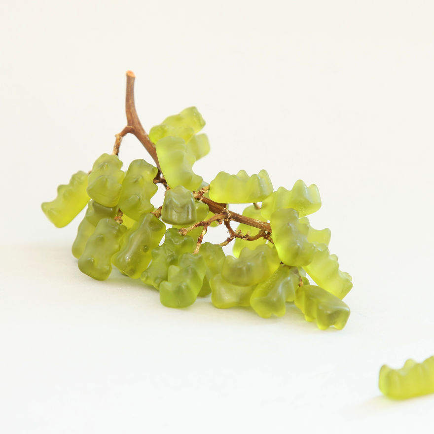 gummy bear grapes